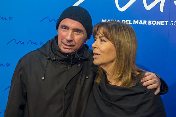 Maria del Mar Bonet con Lluís Llach. © Xavier Pintanel