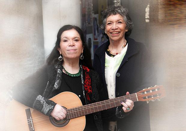 Isabel y Tita Parra.