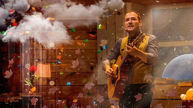 Ismael Serrano celebra 20 años de carrera con un nuevo disco en directo «20 años. Hoy es siempre».