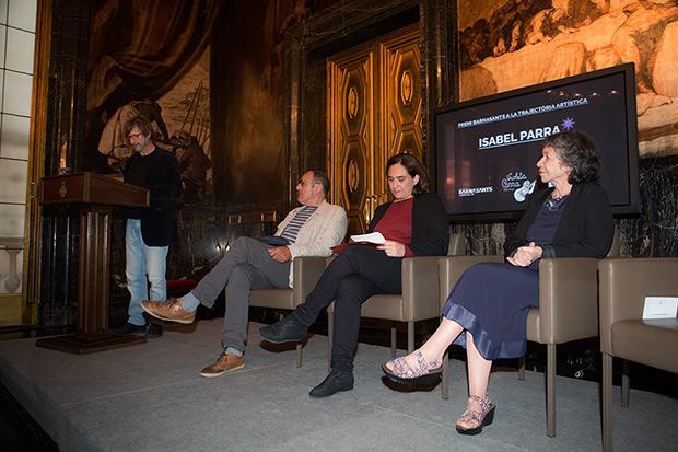 Xavier Pintanel, director de CANCIONEROS.COM, pronuncia la laudatio. © Juan Miguel Morales