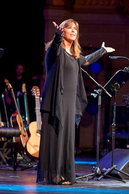 Maria del Mar Bonet en el Gran Teatre del Liceu de Barcelona. © Xavier Pintanel