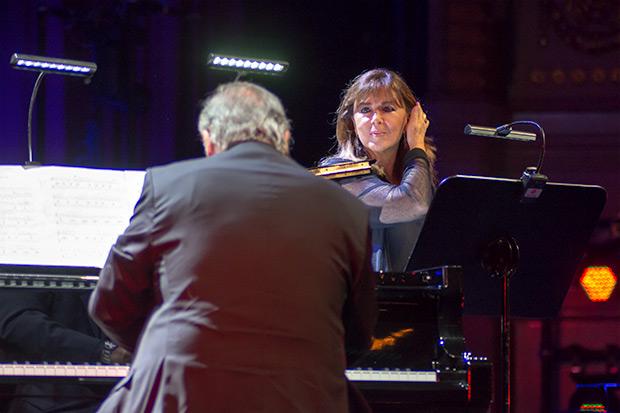 Maria del Mar Bonet con José María Vitier. © Xavier Pintanel