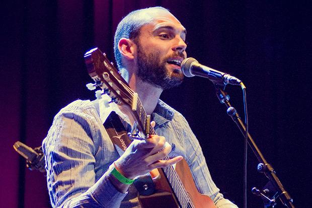 Marc García canta Brassens