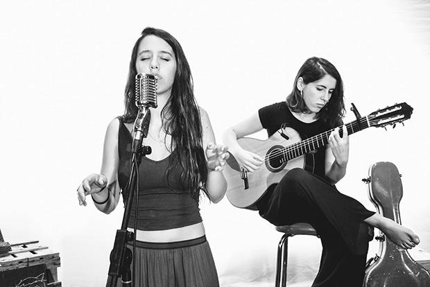 Raquel Lúa i Amaia Miranda