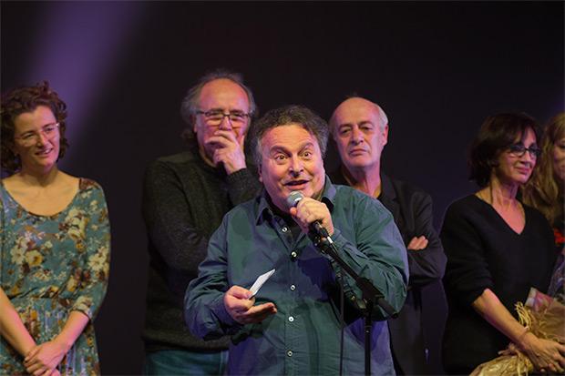 Un Ramon Muntaner visiblemente emocionado dirigió unas palabras al final del concierto. © Xavier Pintanel