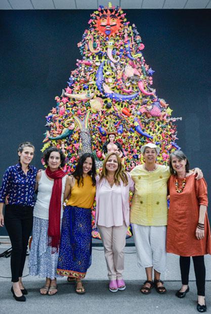 De izquierda a derecha:Verónica Cruz,Zoraida Santiago, Yaíma Orozco,Liuba María Hevia,Heidi Igualada yCecilia Todd. © Kaloian Santos Cabrera