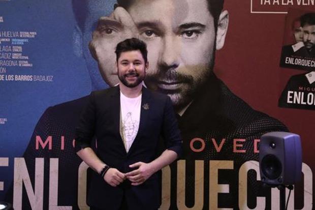 Miguel Poveda en la presentación de «Enlorquecido». © EFE