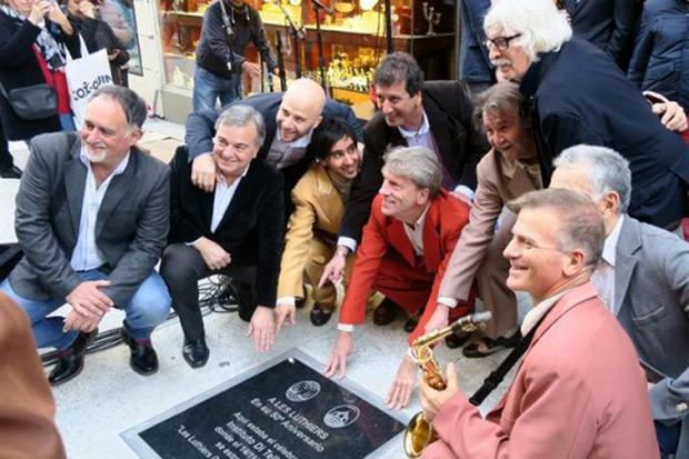 Homenajean a Les Luthiers en el lugar de su primera actuación hace 50 años. © EFE