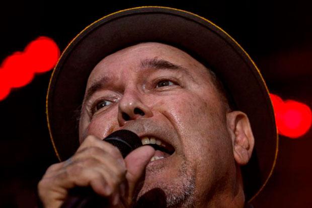 Rubén Blades durante su actuación en la jornada inaugural del 53 Festival de Jazz de San Sebastián. © EFE Javier Etxezarreta