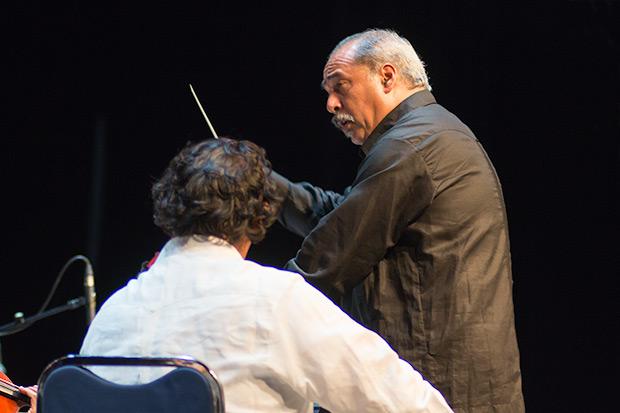 El maestro Enrique Pérez Mesa, director de la Orquesta Sinfónica Nacional (OSN) de Cuba. © Xavier Pintanel