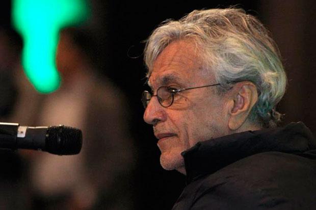 El cantante brasileño Caetano Veloso ofrece una rueda de prensa este jueves, en Ciudad de México (México). © EFE|Mario Guzmán