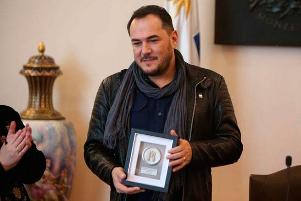 Ismael Serrano es homenajeado en Montevideo. © EFE