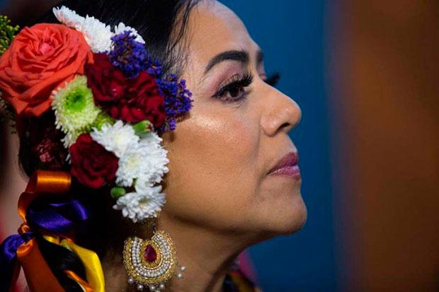 La cantante mexicana Lila Downs asiste este jueves, en el Festival Internacional de Cine de Morelia (FICM), en la homónima del estado de Michoacán (México). © EFE  Ivan Villanueva
