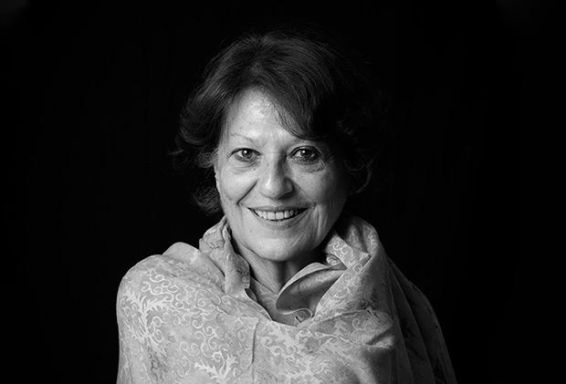 Julia León.