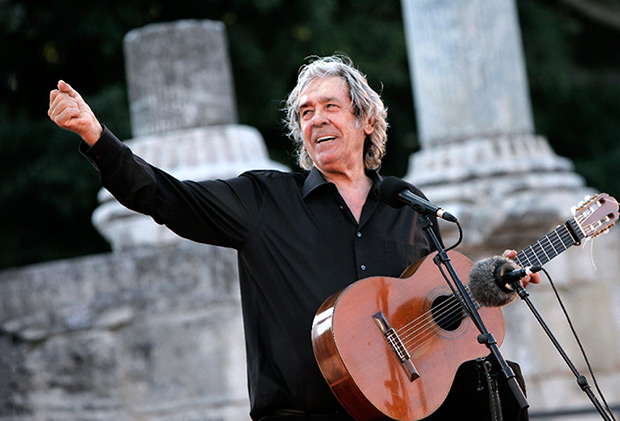 Paco Ibañez.