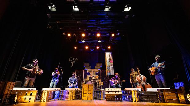 RIU en el concierto del pasado viernes 17 de enero de 2020 presentando su nuevo espectáculo «RIU X» en el marco del festival Tradicionàrius. © Tradicionàrius|Josep Tomàs