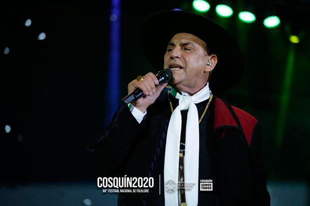 El Chaqueño Palavecino. © Festival Nacional de Folclore de Cosquín Emiliano D'Ambrosio Magdalena Audap Soubie