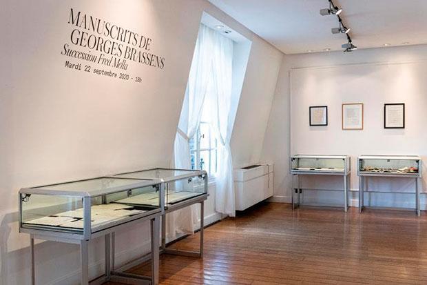 Manuscritos de Georges Brassens ven la luz antes de subastarse en París.