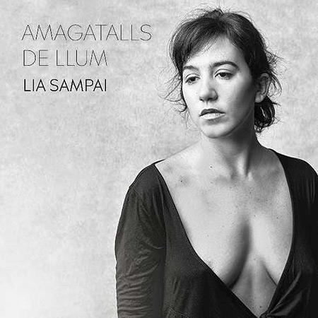 Portada del disco «Amagatalls de llum» de Lia Sampai.
