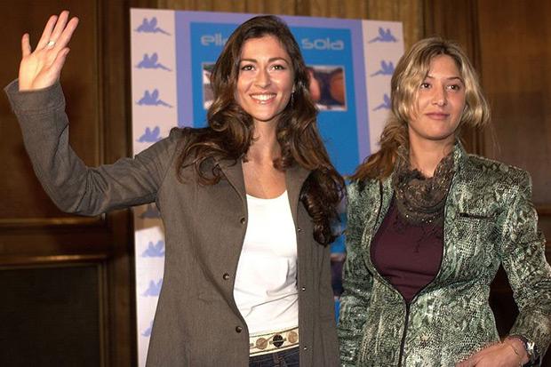 Marta Botía a la derecha y Marilia Casares a la izquierda, las dos componentes fundadoras de Ella Baila Sola. © EFE|Paco Torrente