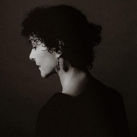 Angélique Ionatos. © Yann Orhan