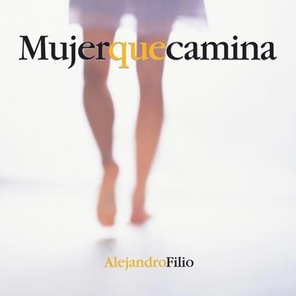 Mujer que camina (Alejandro Filio)
