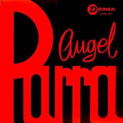 Ángel Parra y su guitarra (Ángel Parra)