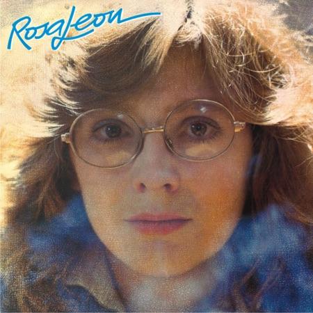 Rosa se está buscando en el espejo (Rosa León)