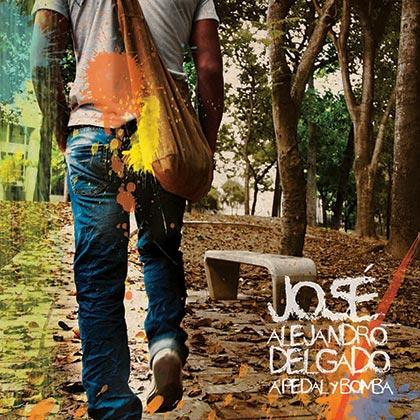 A pedal y bomba (José Alejandro Delgado) [2010]